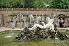 Image of Neptun fountain at the old castle in Heidelberg, Germany
