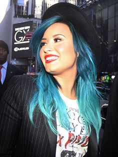 Dreeta<<<< @Demi Bredefeld Lovato do you approve? If not its @Leigh Anne Pinnock fault haha Creative Hair Color, Jessie J, Creative Hairstyles, Cute Hairstyles, Dye My Hair, Celebrity Hairstyles, Locks, Curly Hair Styles, Bright Blue Hair
