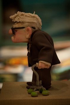 Carl Fredricksen - UP - Disney's Hollywood Studios Up Pixar, Disney Pixar Up, Character Inspiration, Creative Inspiration, Character Design, Stop Frame Animation, Biscuit, Adventure Film, Character