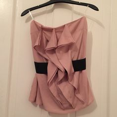 Dressy tube top Cute blush pink tube top great to wear to party! Forever 21 Tops