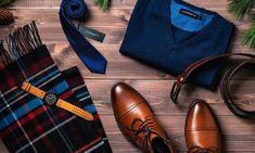 sesja świąteczna, zegarek męski, obuwie męskie, krawat, szalik w kratkę Men Dress, Dress Shoes, Oxford Shoes, Adidas, Fashion, Moda, Fashion Styles, Fashion Illustrations, Professional Shoes