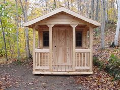 """Love the """"middle of the woods"""" feel of this bunkie"""
