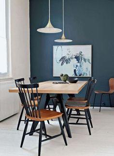 dLa couleur de l'année 2017: le bleu gris selon Duaux Valentine- salle à manger avec un mur bleu gris