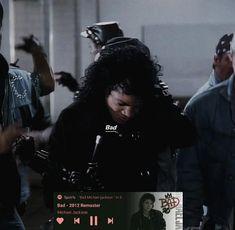 Who Is Michael Jackson, Michael Jackson Thriller, Bad Michael, Michael Jackson's Songs, Mickel Jackson, Jackson Instagram, Mj Bad, Jackson Music, Michael Jackson Wallpaper