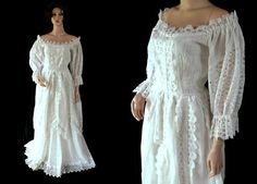 Vintage Mexican Wedding Dress / Lace / White / by PetticoatsPlus