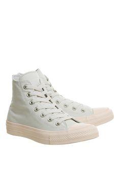 L2017 http://www.topshop.com/en/tsuk/product/shoes-430/flats-459/chuck-hi-top-ii-trainers-by-converse-6524945?bi=196