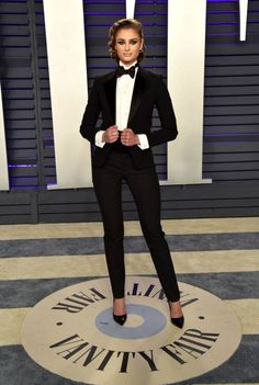 Taylor Hill attends the 2019 Vanity Fair Oscar Party hosted by Radhika Jones at Wallis Annenberg Center for the Performing Arts on February 2019 in Beverly Hills, California. Get premium, high resolution news photos at Getty Images Prom Outfits, Fashion Outfits, Womens Fashion, Looks Adidas, Black Tuxedo, Vanity Fair Oscar Party, Party Looks, Suits For Women, Supermodels