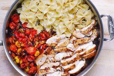 Basil Pesto Pasta, Creamy Pesto Pasta, Pesto Pasta Recipes, Chicken Recipes, Pesto Chicken Salads, Chicken Pasta, Pasta Dishes, Food Dishes, Garlic Minced