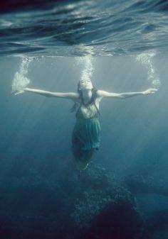 LaraJade Photography #underwater #liberation