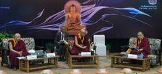 Il Dalai Lama: senza fisica quantistica, la religione è una visione parziale