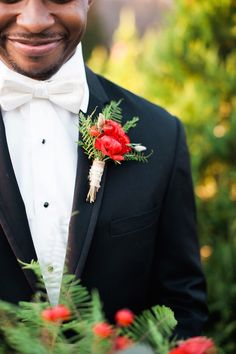 Christmas Wedding Inspiration | Unique2Chic Photography | Honeybee Events | Bridal Musings Wedding Blog