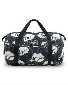 Liquor Brand Skull Chains Duffle Bag Sac Tete de Mort Crane Goth Gothic Gym NEUF