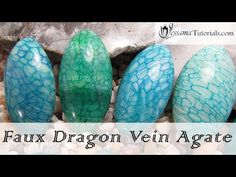 In this tutorial I'll be showing how to make faux Dragon Vein Agate cabochons. We will be using a faux agate sheet and a crackle cane to achieve the result, and all you will need is some white and translucent polymer clay, and a couple of alcohol inks. Polymer Clay Dragon, Fimo Clay, Polymer Clay Projects, Polymer Clay Art, Polymer Clay Jewelry, Clay Crafts, Hand Crafts, Halloween Crafts To Sell, Halloween Clay