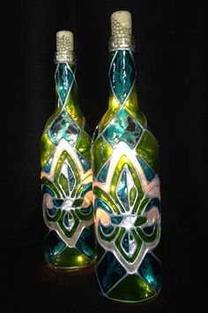 Classic Stained Glass Fleur De Lis Wine Bottle Lamp Turquoise/Lime