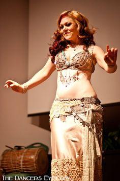 Mira Betz tribal fusion bellydance