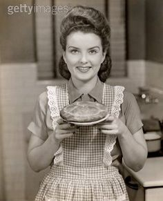 1940s housewives | CRANBERRY APPLE BRIOCHE COFFEE CAKE - Lifesafeast