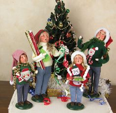 Byers' Choice Carolers – Ugly Christmas Sweater Family