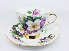 "Royal Darwood ""Clematis"" Tea Cup and Saucer, Pattern 635, Vintage Bone China"