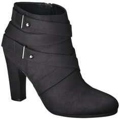 These look so much like rag & bone booties.. Great knock off