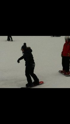 Brie snowboarding
