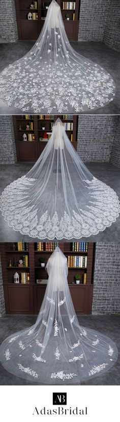 In Stock Luxurious Tulle Cathedral Wedding Veil With Lace Appliques