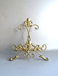 Gold Easel, Metal Easel, Book Stand, Art Prop, Shabby And Chic, Fleur De Lis…