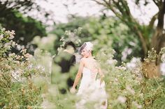 Fields of white. Jenny Sun Photography Blog    Engagement shoot.