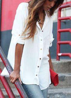 Camisa blanca con jeans