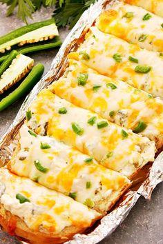 Milk Recipes, Veggie Recipes, Snack Recipes, Veggie Food, Delicious Recipes, Yummy Food, Jalapeno Poppers, Stuffed Jalapeno Peppers, Tasty Bread Recipe
