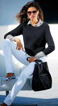 Madeleine Sweater, Blouse, and Skinny Jeans - Damen Mode 2019 Mode Outfits, Chic Outfits, Fashion Outfits, Blazer Fashion, Looks Chic, Casual Looks, Womens Fashion For Work, Work Fashion, College Fashion