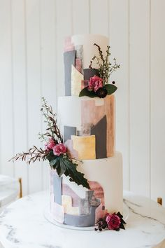Gold Wedding Cakes Modern cityscape inspired wedding cake in gold, pink and grey accented with fresh flowers and greenery Elegant Wedding Cakes, Wedding Cake Designs, Wedding Cake Toppers, Elegant Cakes, Pretty Cakes, Beautiful Cakes, 50th Anniversary Cakes, Modern Cakes, Cake Trends