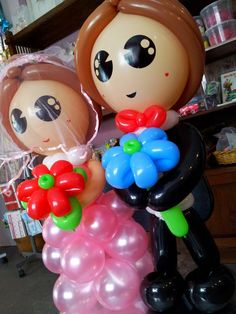 Jackie's Inspirations - Mega huge balloon wedding couple !