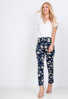Kvetované modré 7/8 nohavice - ROUZIT.SK Harem Pants, Spandex, Fashion, Moda, Harem Trousers, Fashion Styles, Harlem Pants, Fashion Illustrations