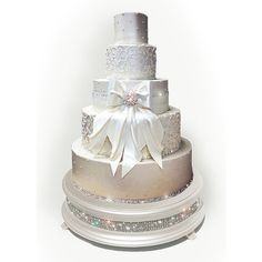 diamond bling wedding cake stands (190 CAD) ❤ liked on Polyvore featuring home and kitchen & dining