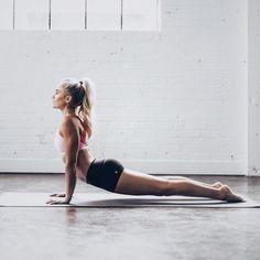 ☆ pinterest @ y a n a Yoga Meditation, Morning Meditation, Morning Yoga, Upward Dog, Upward Facing Dog, Sport Inspiration, Workout Inspiration, Fitness Inspiration, Yoga Cobra Pose