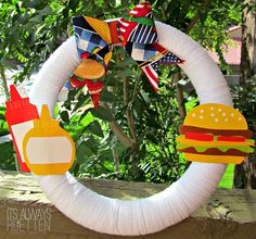 It's Always Ruetten: Labor Day Wreath