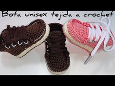 Botas tejidas a crochet Crochet Baby Boots, Crochet Sandals, Crochet Shoes, Knit Crochet, Crochet Stitches, Crochet Patterns, Baby Shoes Pattern, Boy Blankets, Crochet Videos