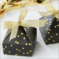 Black And Gold Foil Confetti Dots Pyramid Favor Boxes Set Of 24