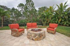 Flagstone-Patio-Idea-with-Circle-Bricks-Stone-Fire
