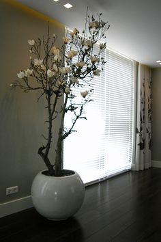 Grote zuilen voor in uw huis of buiten in de tuin maten de zuil 121 cm hoog en 35 cm breed - Bed met schaal ...