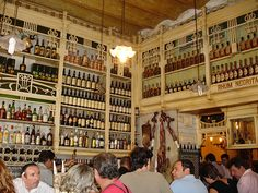 El Rinconcillo - tapas bar in Seville, beautiful Andalusian decor, excellent ham and good atmosphere