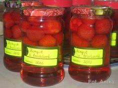 Domowa kuchnia Aniki: Kompot z truskawek na zimę