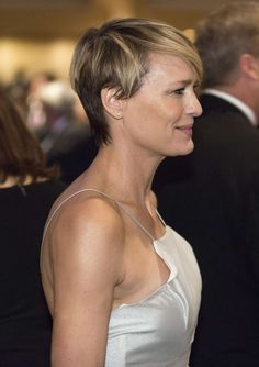 robin-wright-at-white-house-correspondents-association-dinner-2014-in-washington_1.jpg 1'200×1'700 Pixel