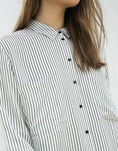 Bershka España - Camisa  manga larga bolsillo