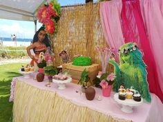Hunie Do Events's Birthday / Moana - Photo Gallery at Catch My Party Moana Birthday Party, Hawaiian Birthday, Moana Party, Luau Party, 1st Birthday Parties, Princess Moana, Pompano Beach, 1st Birthdays, Party Time