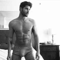 "744 Likes, 10 Comments - Nick Bateman (@dailynickbateman) on Instagram: ""Good Night @nick__bateman @batemanmgmt #nickbateman #hello #good #gym #fitnessmodel #saltbae…"""