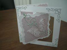 Kaart gemaakt met een mal van Crealies en de vlinder van Memorybox