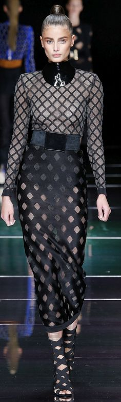 Wow! - Balmain Collection Spring 2016