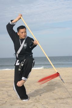 Martial arts weapons training for developing focus - www.body-mind-systems.com