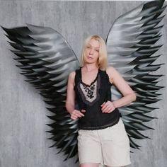 """Black wings adult #fallenangel #Halloweencostume #wingsadult"" Halloween Wings, Halloween Costumes, Angel Wings Costume, Black Angel Wings, Angel Images, Cosplay, Photoshoot, Fashion Outfits, Sexy"